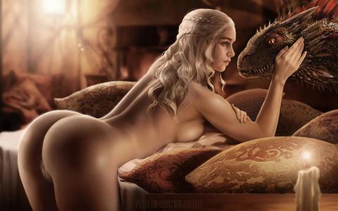Daenerys butt naked